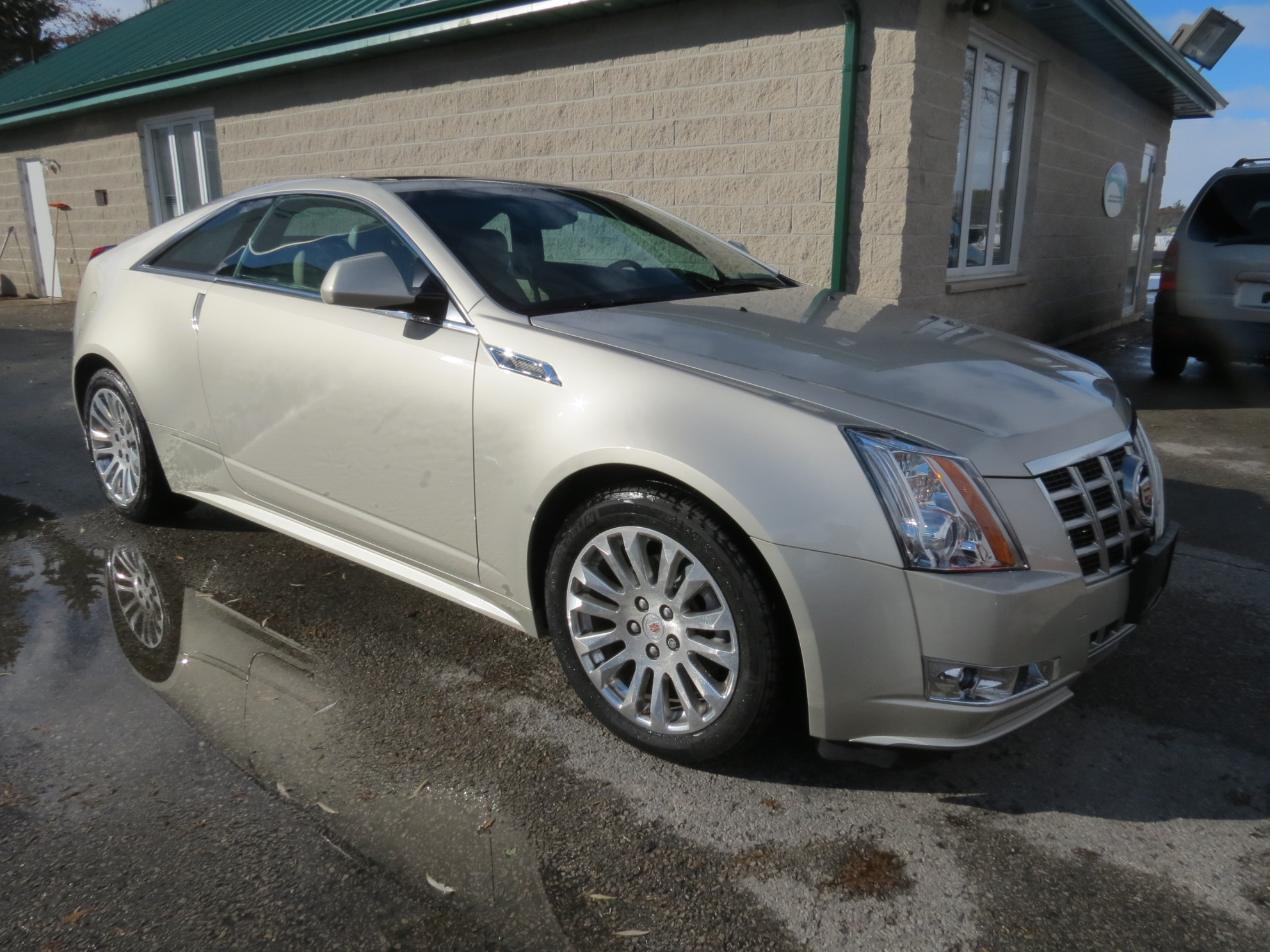antioch silver cadillac waukegan car cts used sedan htm sale zion